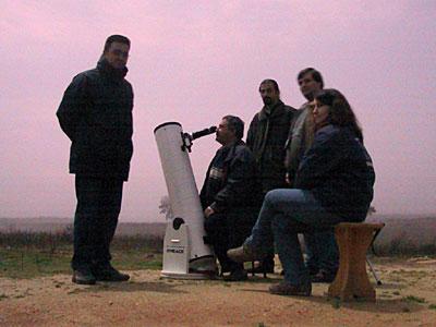 A foto do grupo, já com o nevoeiro. Da direita para a esquerda: Ana, Hugo, Ricardo, Zé, e Joaquim